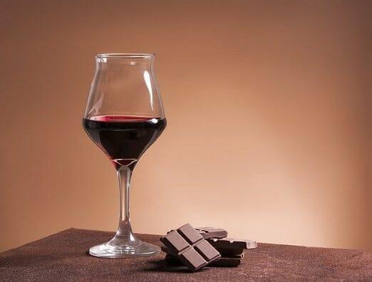Las claves para maridar chocolate y vino