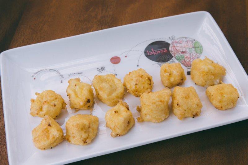 Buñuelitos de queso Idiazábal