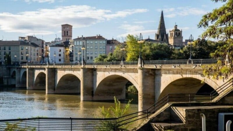 Escápate de 'puente': historia, tapeo, compras y relax en La Rioja