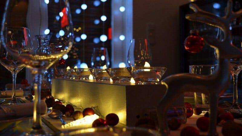 Ideas para hacer una cena de Navidad con materiales 100% ecológicos