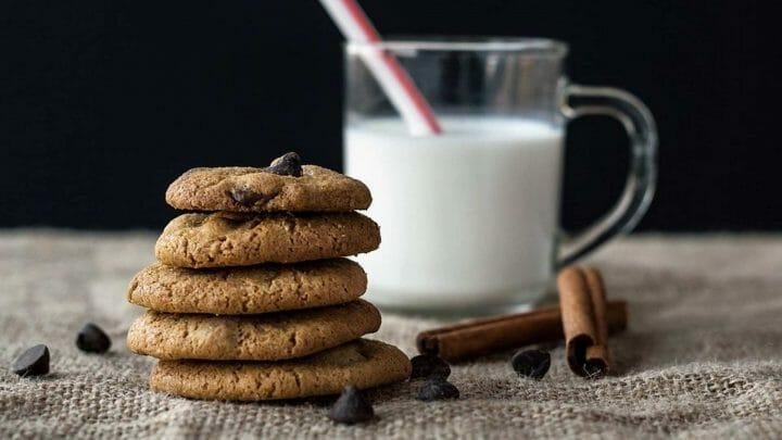 Galletas caseras de avena: sin mantequilla y con pepitas de chocolate