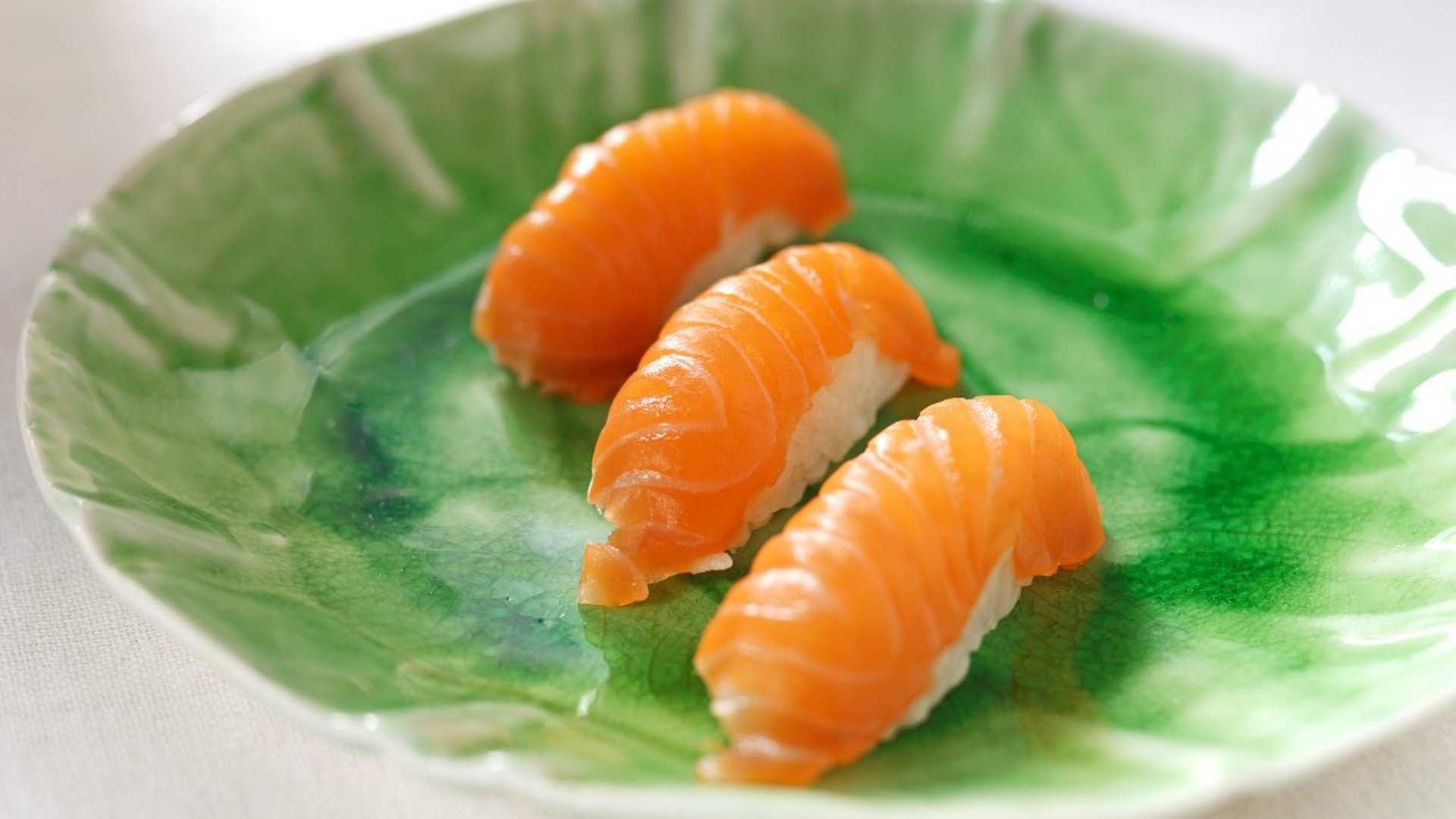 El origen del Sushi de Salmón