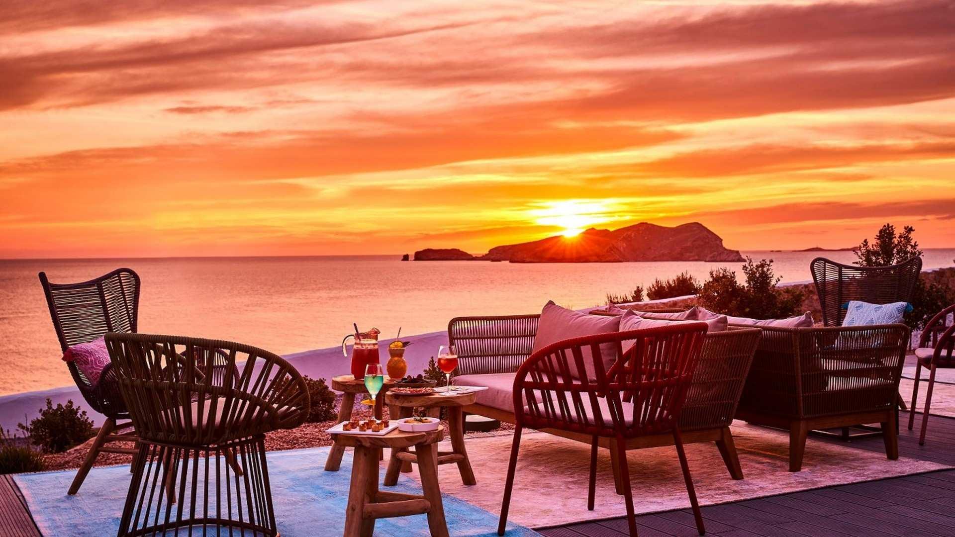 """3 hoteles con restaurante para """"perderse"""" en Ibiza y Formentera"""