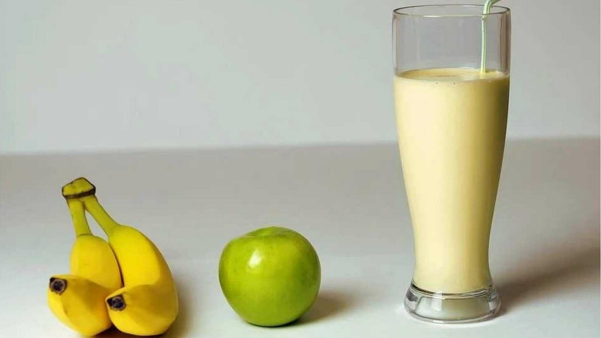 Receta de Smoothie de Manzana, Plátano y Aguacate