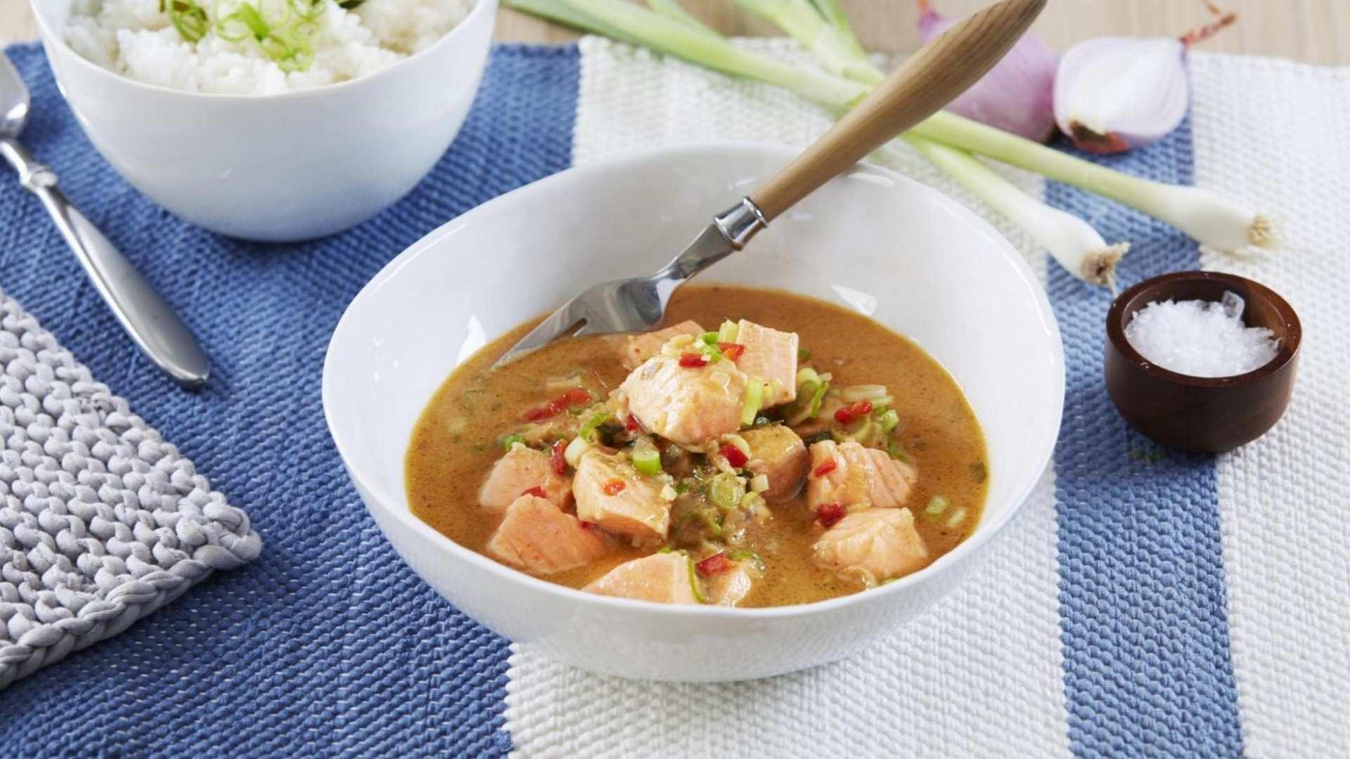 Salmón al curry