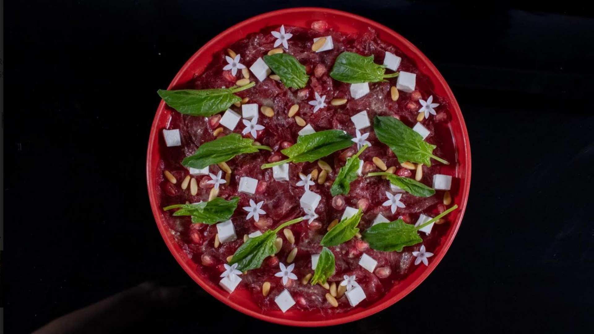 Receta de Carpaccio de ternera con granada y vinagreta de mostaza: especial recetas de Navidad