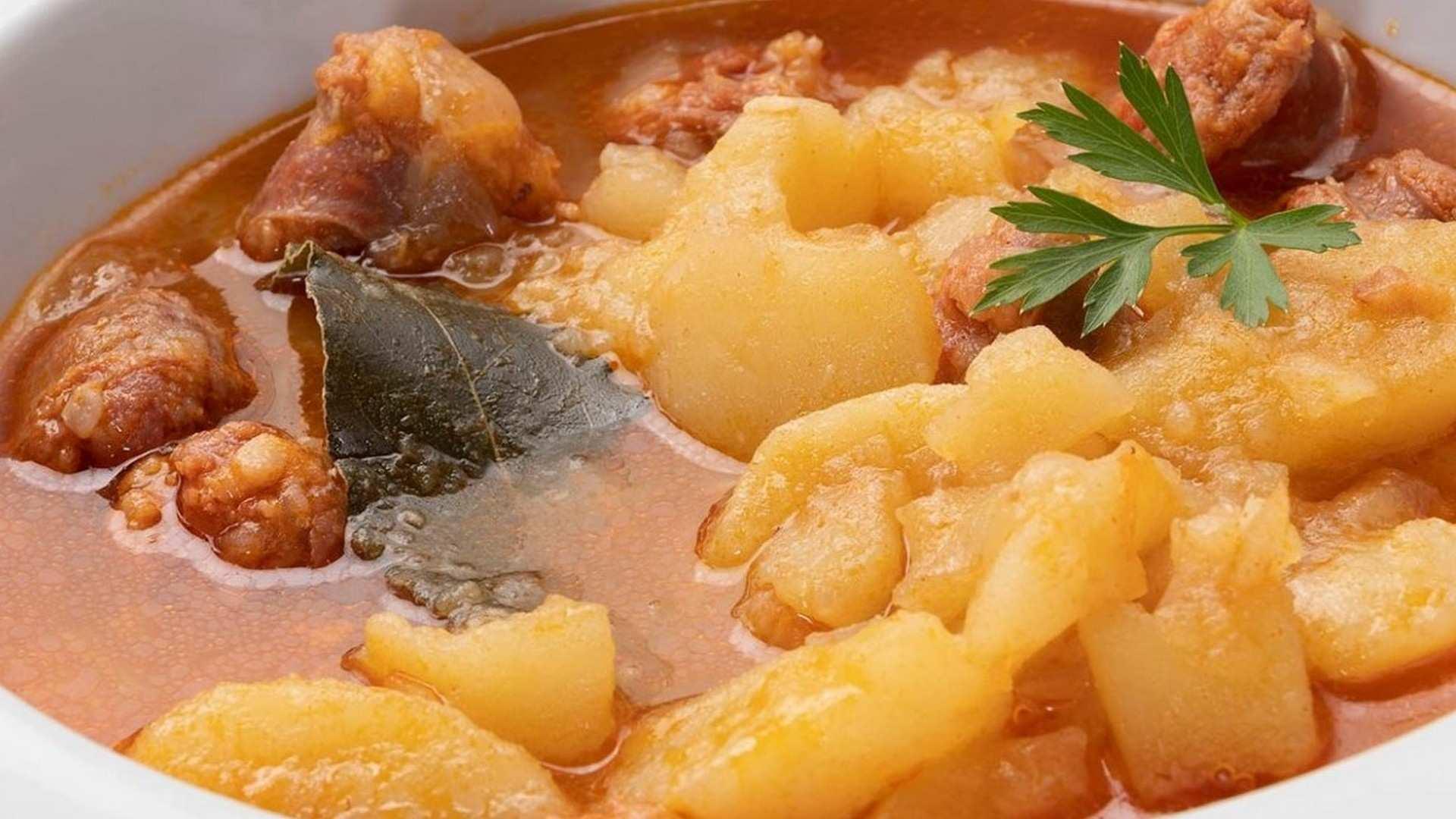 Receta de patatas a la riojana de Karlos Arguiñano