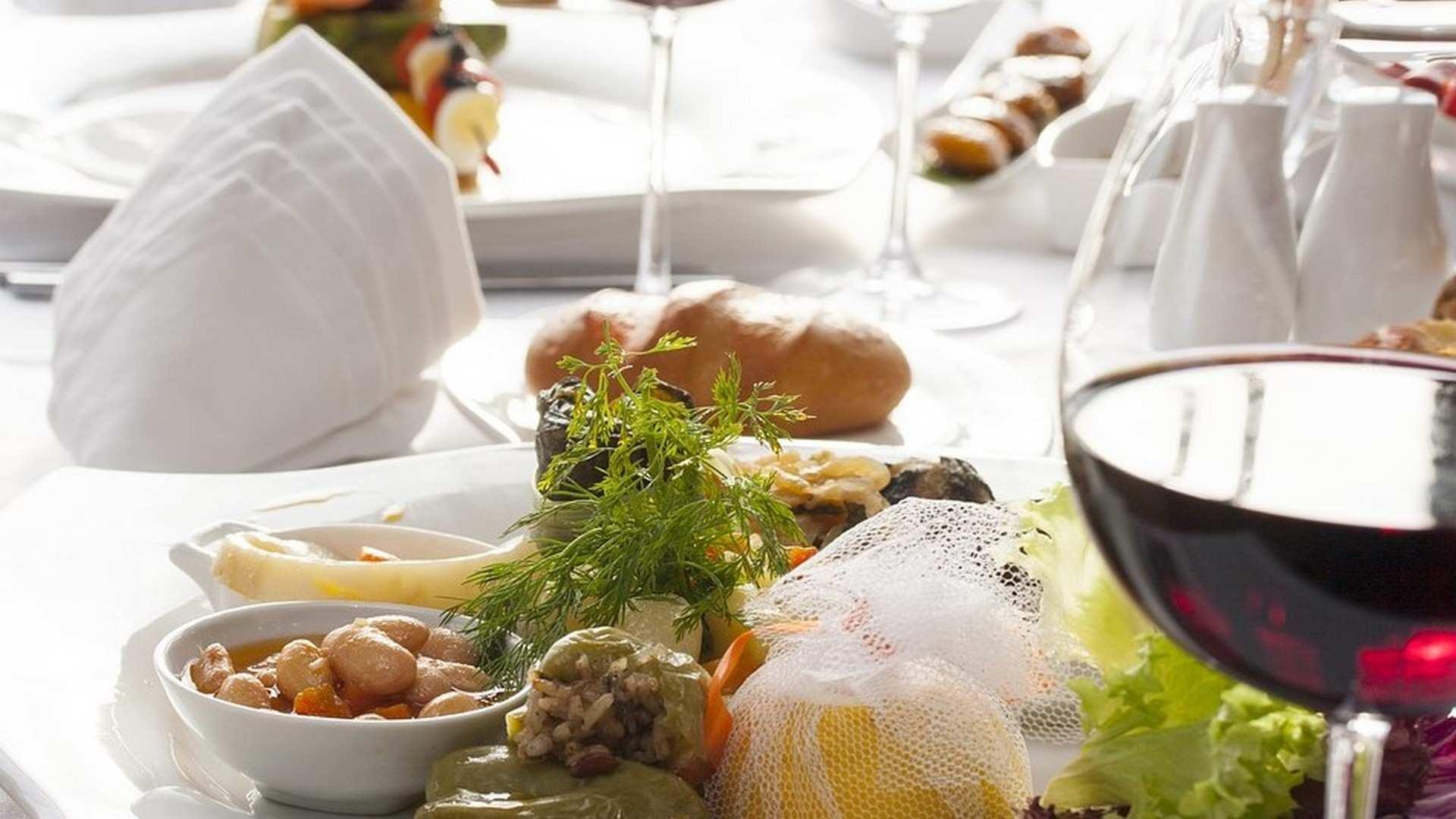 4 vinos españoles para armonizar con platos de cuchara y combatir el frío