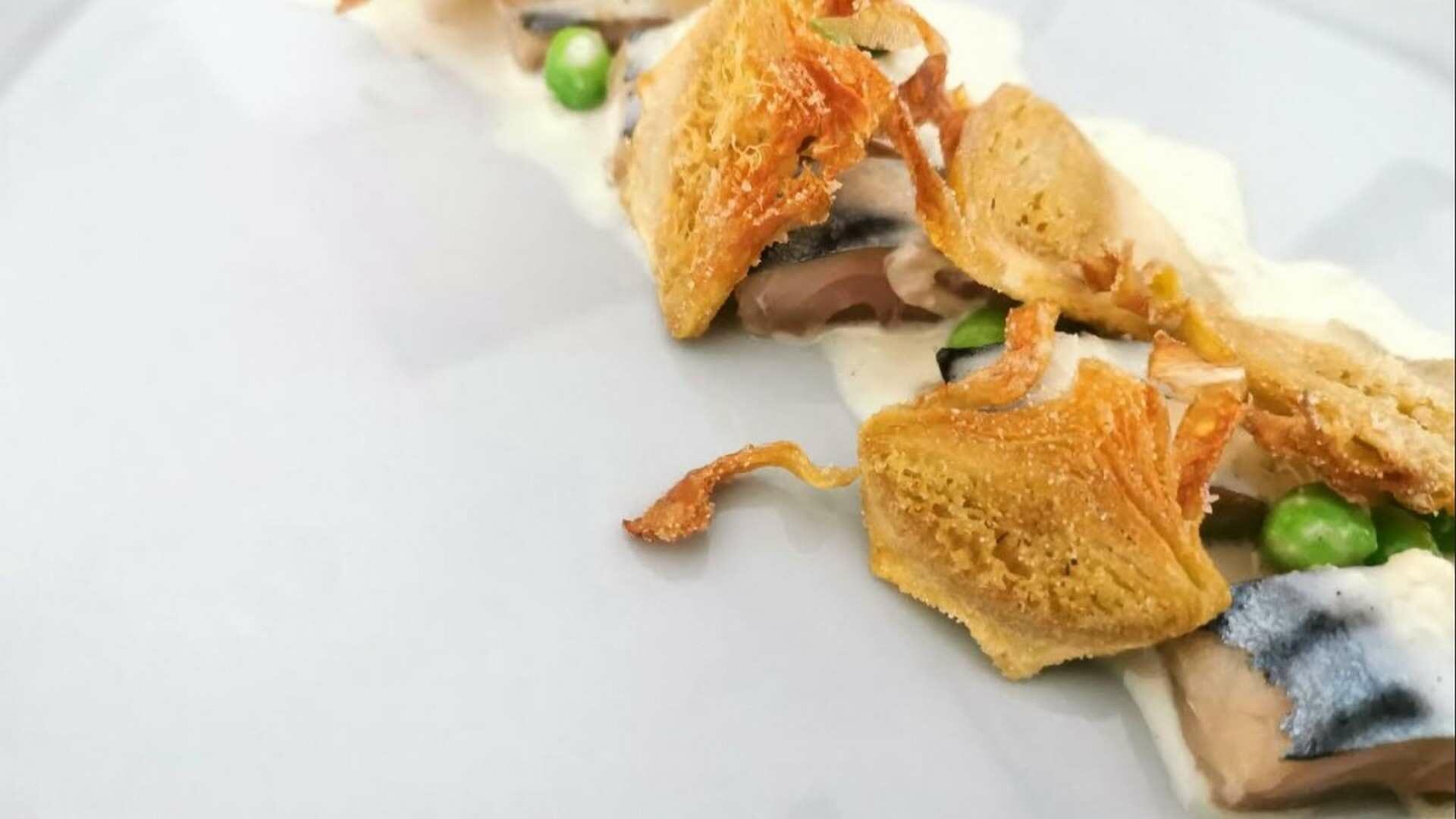 Receta de Verduras de temporada, beurre blanc de Mantequilla de Oveja y vino fino D.O. Montilla-Moriles con caballa curada al momento