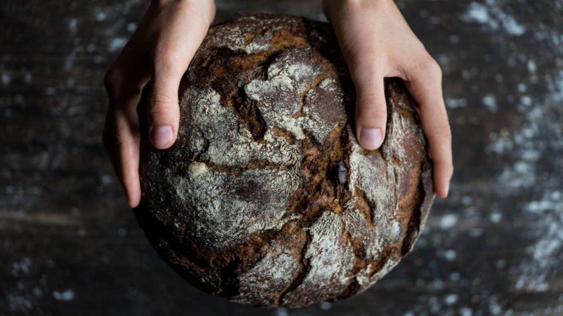 ¿Por qué es bueno comer pan?