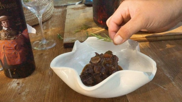Cocina en origen: Visitamos Ronda y cocinamos un espectacular guiso de Rabo de Toro