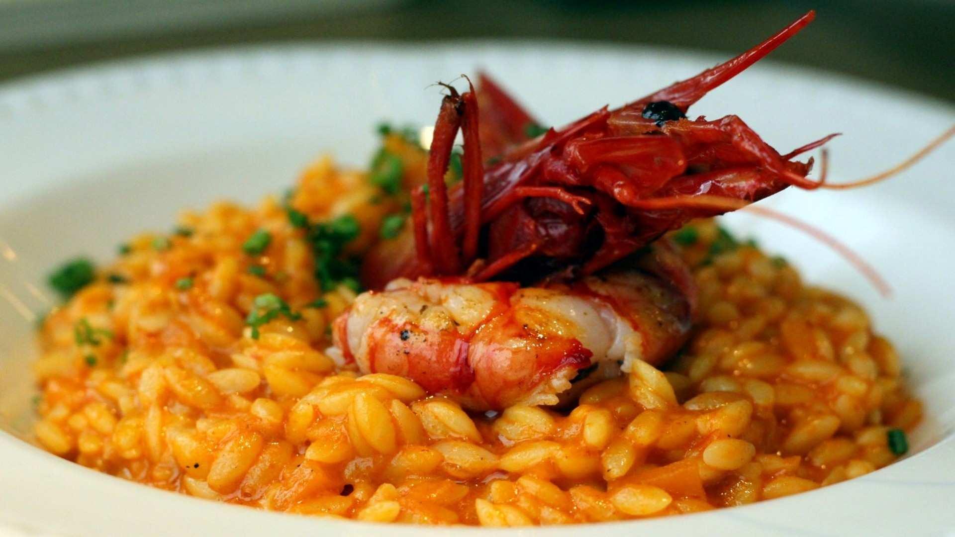 Taberna Los Gallos, deliciosos bocados de felicidad en el callejón de Puigcerdá