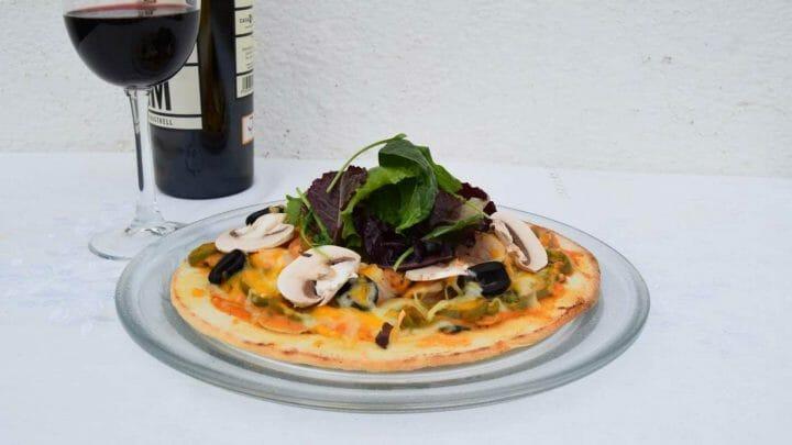 Cómo hacer una Pizza rápida de vegetales y pollo