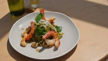 Receta de Tagliatelle de espinacas con gambones