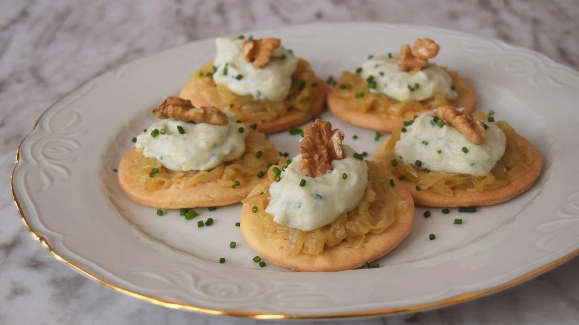 Receta de Tartaletas de confitura de cebolla y gorgonzola