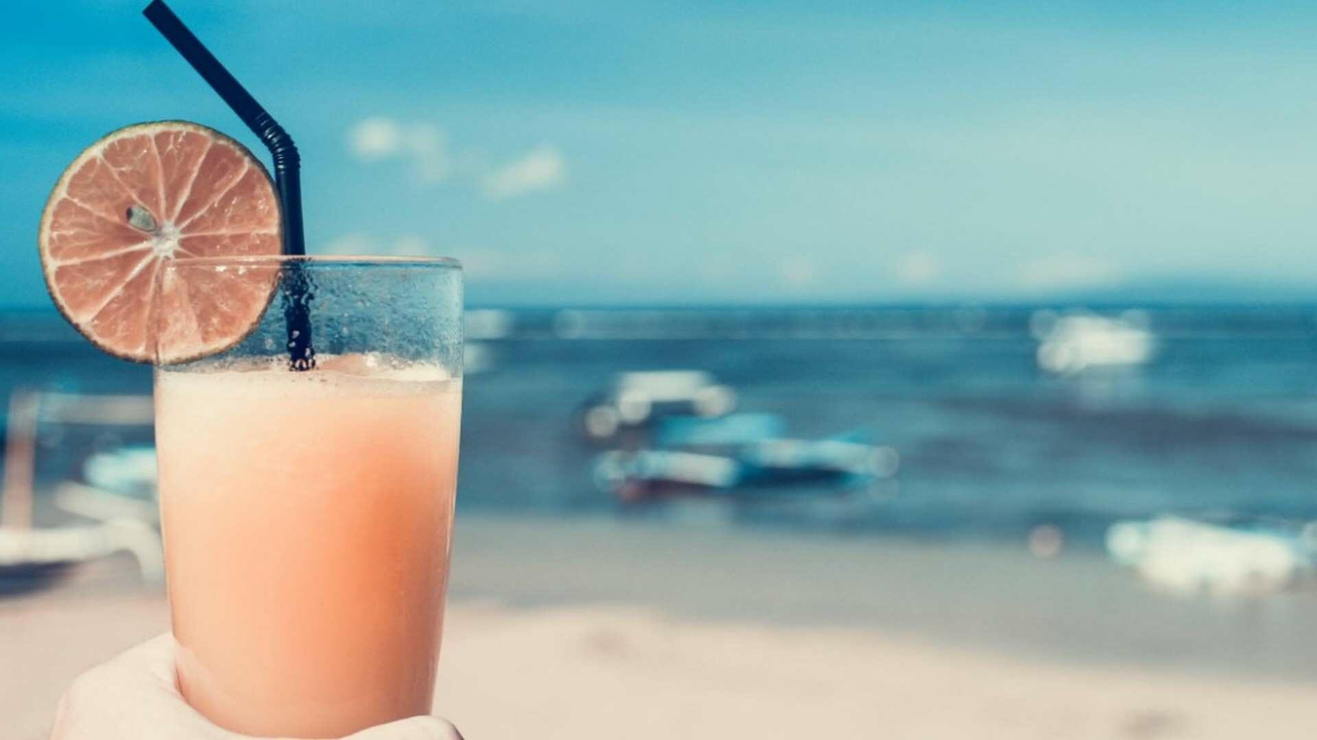 6 ideas de zumos de frutas para el verano 2021: 3 clásicos y 3 modernos