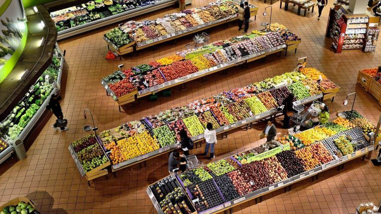 Conoce las certificaciones que deben cumplir las frutas y hortalizas en los supermercados