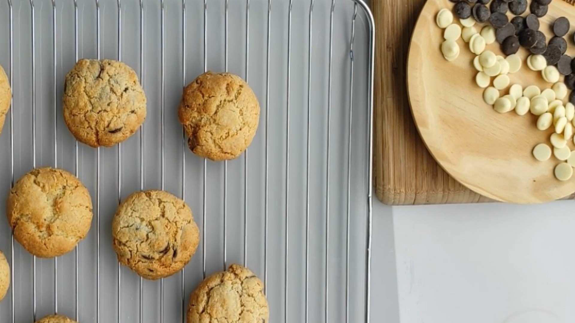 Receta de Cookies de Chocolate blanco y negro