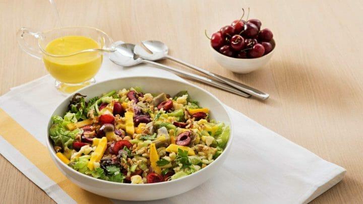 Receta de ensalada DETOX con cerezas y vinagreta de Mango (con Thermomix)