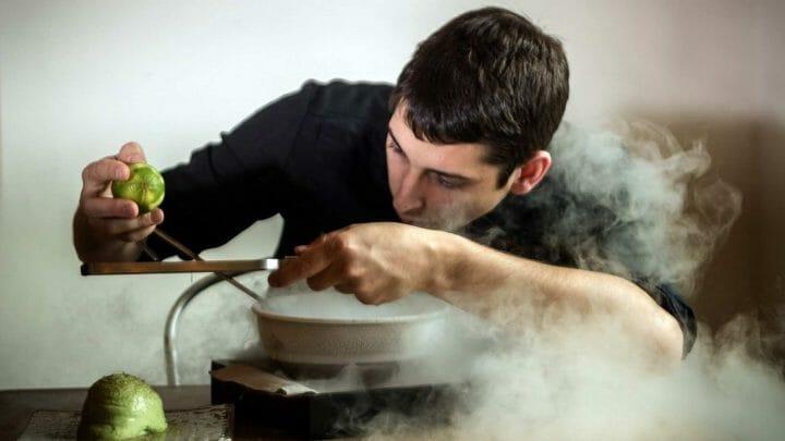 """Rafel Muria: """"Llegar a ser el segundo chef en L'Atelier de Joël Robuchon Saint-Germain de París marcó mi trayectoria"""""""