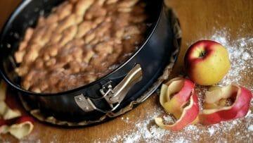 Receta de tarta de manzana con galletas María