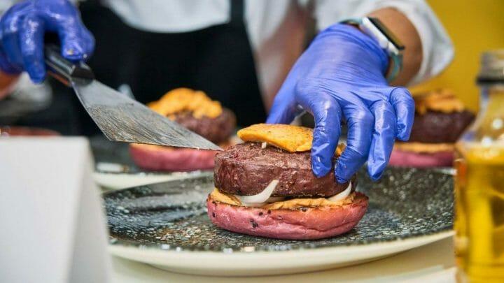 La mejor hamburguesa de España esta preparada con un solomillo Wellington